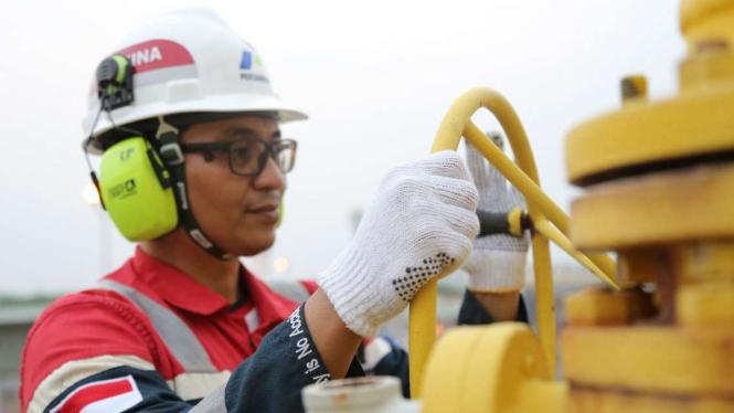 Pekerja PT Pertamina EP di lapangan Sukowati, Tuban, Jawa Timur.