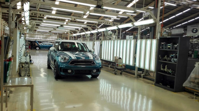Mobil MINI rakitan Indonesia