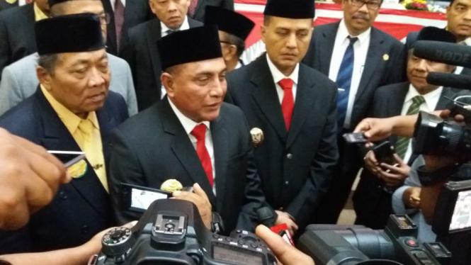 Gubernur Sumut Edy Rahmayadi (tengah).