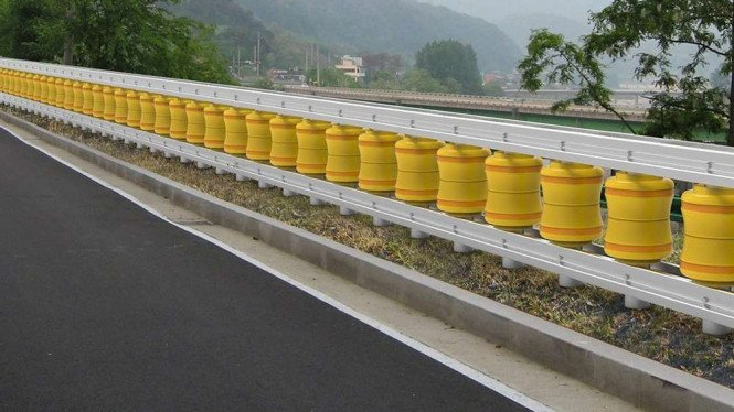 Rolling Road Barrier