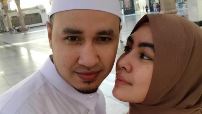 Habib Usman bin Yahya dan Kartika Putri.