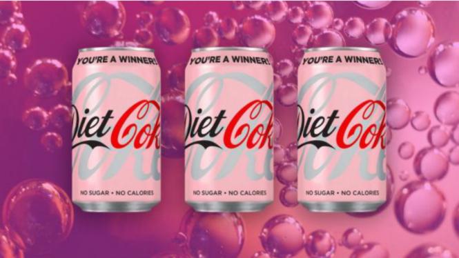 Coca-Cola luncurkan kemasan peduli kanker payudara.