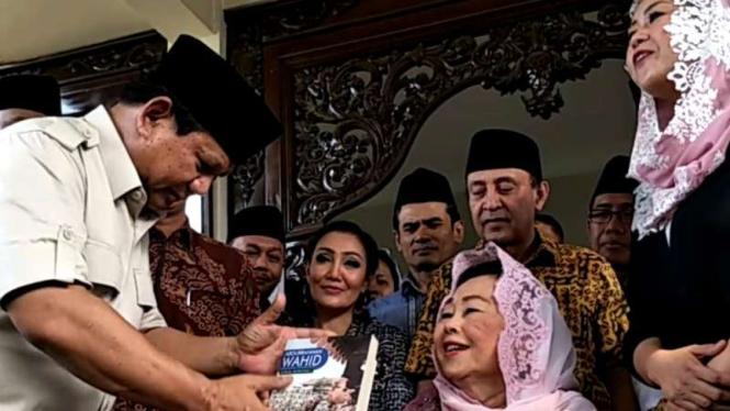 Hasil gambar untuk Prabowo gus dur