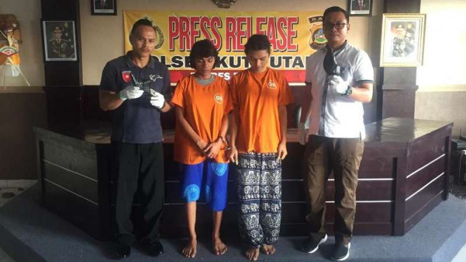 Dua Waria di Bali diamankan polisi.