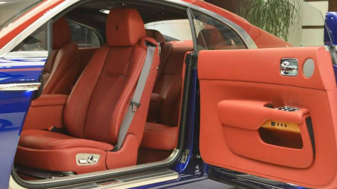 Interior Rolls-Royce Wraith pesanan khusus