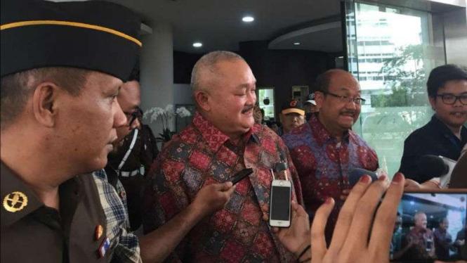 Mantan gubernur Sumatera Selatan Alex Noerdin di kantor Kejaksaan Agung, Jakarta, pada Rabu, 26 September 2018.
