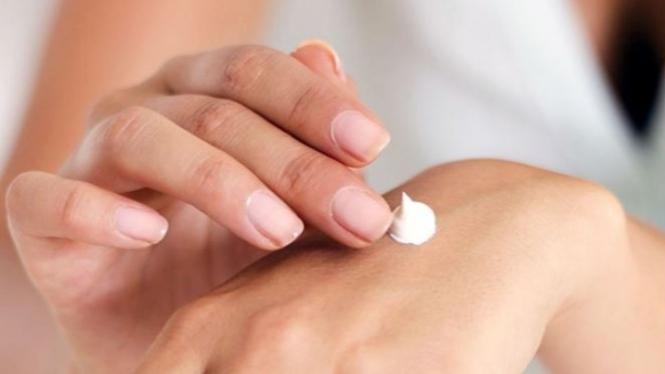 Ilustrasi menjaga kesehatan kulit.