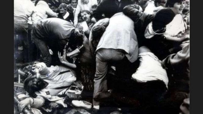 Kerusuhan suporter sepakbola di Stadion Heysel pada 1985