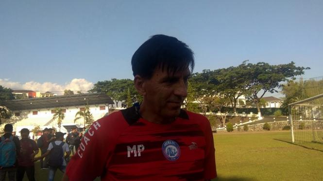 Pelatih Arema FC, Milan Petrovic.