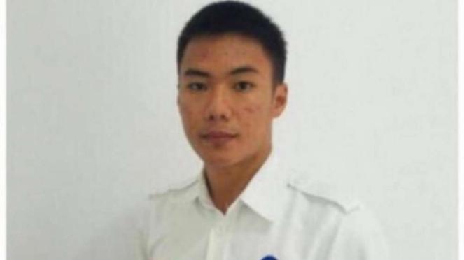 Anthonius Gunawan Agung Petugas  ATC AirNav Indonesia Cabang Palu.