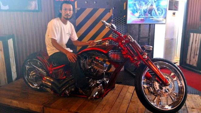 Builder Ask Motorcycles asal Jepang, Rad Yamamoto