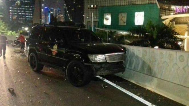 Mobil Persija alami kecelakaan