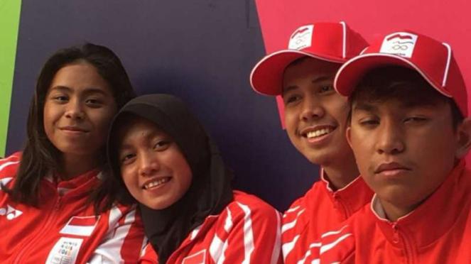 4 perenang muda Indonesia (Azzahra, Adinda Larasati, Azel Helmi dan Farrel).