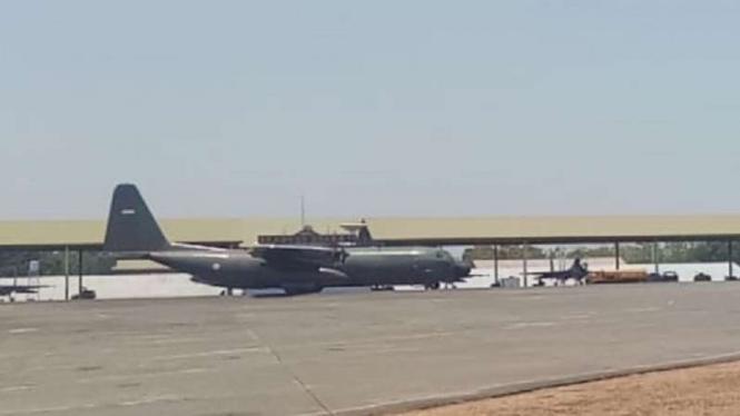 Pesawat Hercules TNI AU.