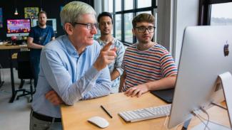 CEO Apple, Tim Cook.