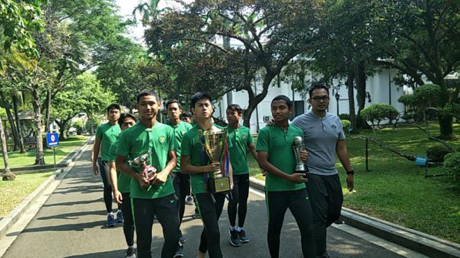 Skuat Timnas U-16 saat berada di Istana Negara