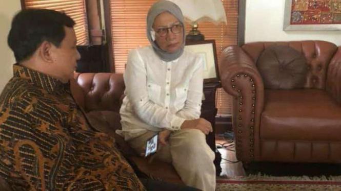 Ratna Sarumpaet saat menemui Prabowo Subianto beberapa waktu lalu.