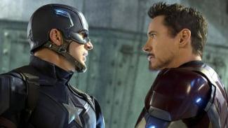 Captain America (Chris Evans) dan Iron Man (Robert Downey Jr.)