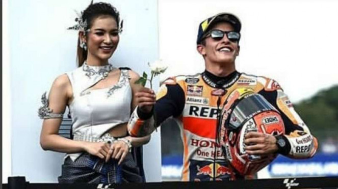 Marc Marquez saat di podium MotoGP Buriram, Thailand.