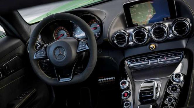 Interior Mercedes-AMG GT-R