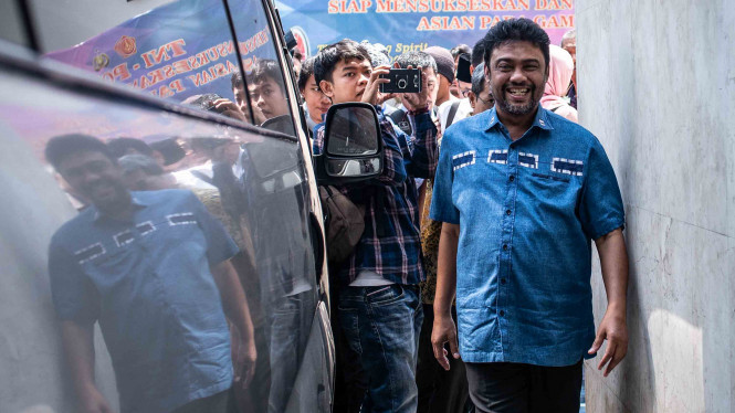 Presiden Konfederasi Serikat Pekerja Indonesia (KSPI) Said Iqbal bersiap menjalani pemeriksaan di Direktorat Kriminal Umum Polda Metro Jaya, Jakarta