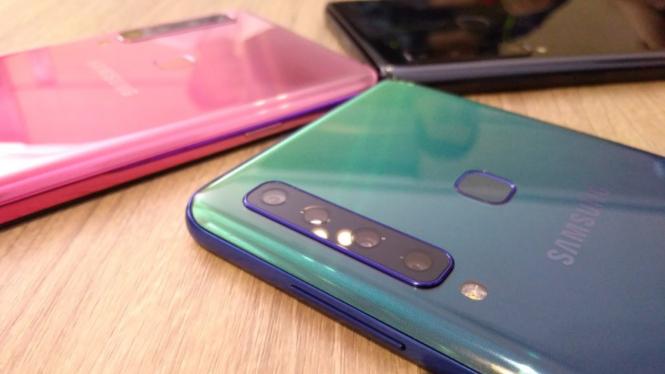 Ponsel Samsung Galaxy A9