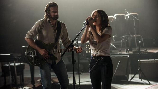 Bradley Cooper dan Irina Shayk Resmi Putus, Lady Gaga Orang Ketiga?
