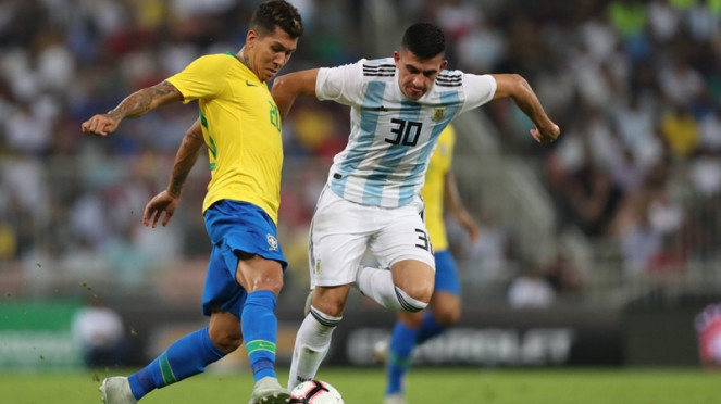 Pertandingan uji coba Brasil vs Argentina