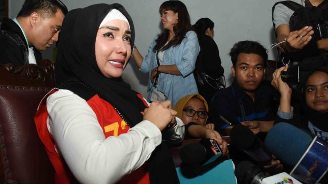 Roro Fitria divonis hukuman 4 tahun penjara
