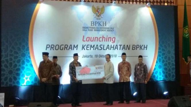 Badan Pengelolaan Keuangan Haji (BPKH) menyalurkan dana bantuan untuk Palu