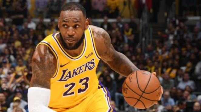 Bintang Los Angeles Lakers, LeBron James