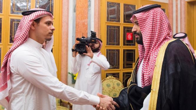 Pangeran Arab Saudi Muhammad Bin Salman bertemu putra Khashoggi, Salah di Riyadh
