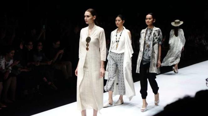 Jakarta Fashion Week 2019 Pure Resort karya Novita Yunus