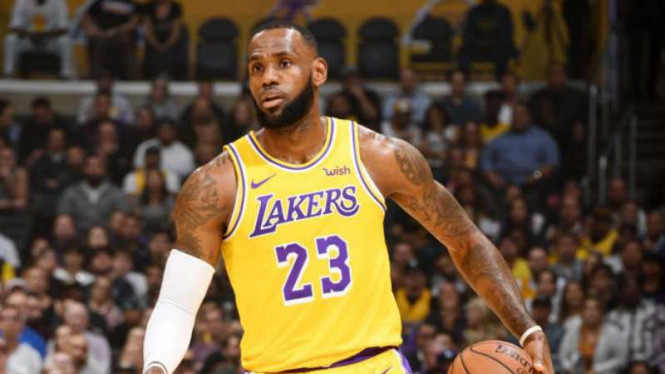 Pebasket LA Lakers, LeBron James.