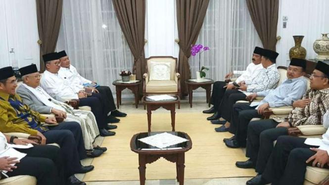 Wapres JK undang para pemimpin ormas di kediamannya, Jakarta