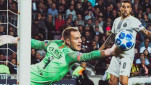 https://thumb.viva.co.id/media/frontend/thumbs3/2018/10/26/5bd312857de42-kiper-barcelona-marc-andre-ter-stegen_151_85.jpg