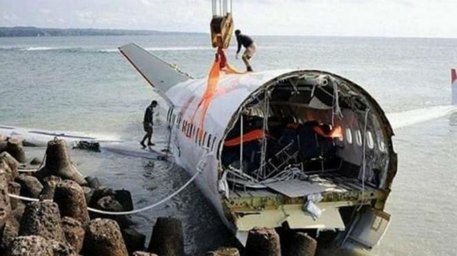 Foto hoax kecelakaan Lion Air JT610