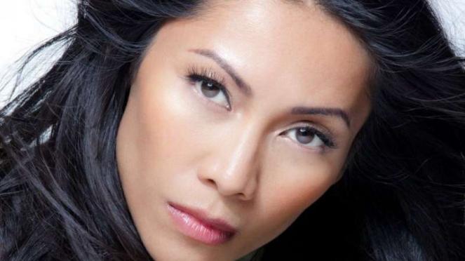 penyanyi Anggun