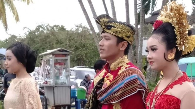 Atraksi Seni Lombok