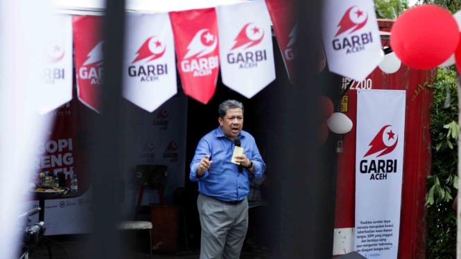 Wakil Ketua DPR, Fahri Hamzah memberikan sambutan dan arahan saat deklarasi Ormas Gerakan Arah Baru Indonesia (GARBI) Chapter Aceh, di Banda Aceh