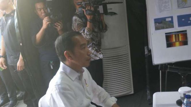 Jokowi Kunjungi Posko Lagi, Kepala Basarnas Beberkan Evakuasi Lion Air