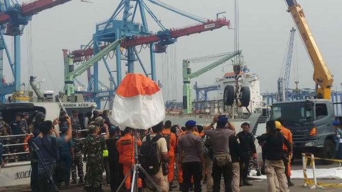 Satu Lagi Roda Pesawat Lion Air Jt-610 Ditemukan