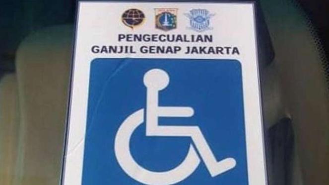 Stiker penyandang disabilitas bebas aturan ganjil genap