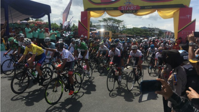Start etape keempat di Tour de Singkarak 2018