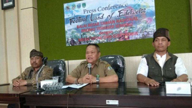 John Kenedie Kepala Balai Besar Taman Nasional Bromo Tengger Semeru