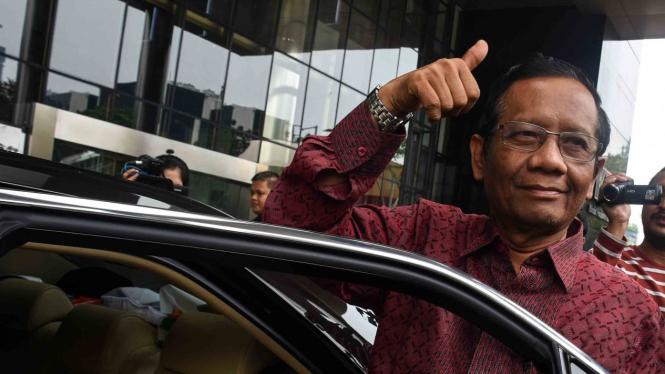 Jokowi Dituding Serang Prabowo, Mahfud Md: Urusannya Bawaslu Itu