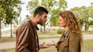 Ilustrasi pasangan bertengkar.