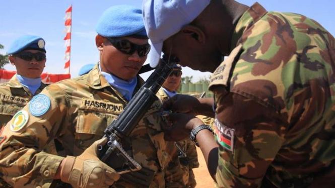 Kontingen Pasukan Garuda di Sudan menerima medali kehormatan dari PBB.