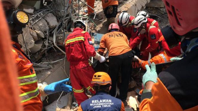 Kegiatan Muhammadyah Disaster Management Center (MDMC) Indonesia untuk bencana alam di Palu