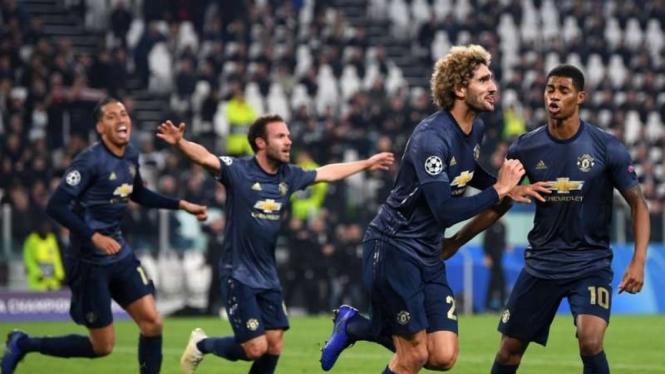 Para Pemain Manchester United merayakan kemenangan atas Juventus